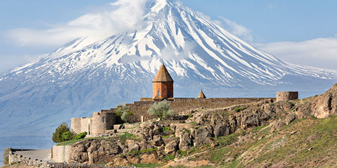 Khor-Virap-church-with-Ararat-Mountain-in-the-background-Armenia-1200x853